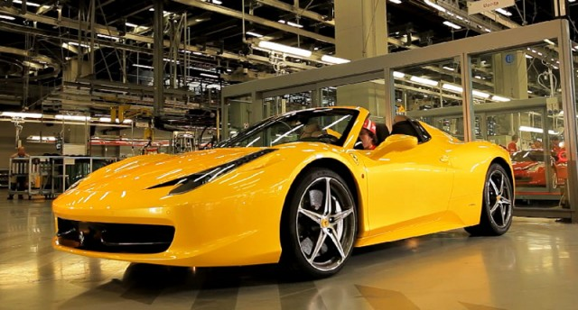 fernando alonso tests the ferrari 458 spider in maranello video. Black Bedroom Furniture Sets. Home Design Ideas