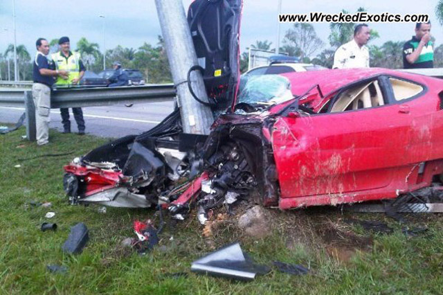 Ferrari F430 crash in Malaysia - Image courtesy of Wrecked Exotics