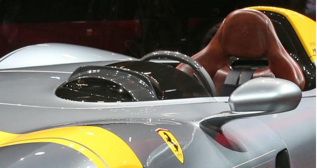 Ferrari Monza SP1, 2018 Paris auto show