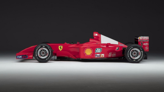 2001 Scuderia-Ferrari Marlboro f2001 driven by Michael Schumacher
