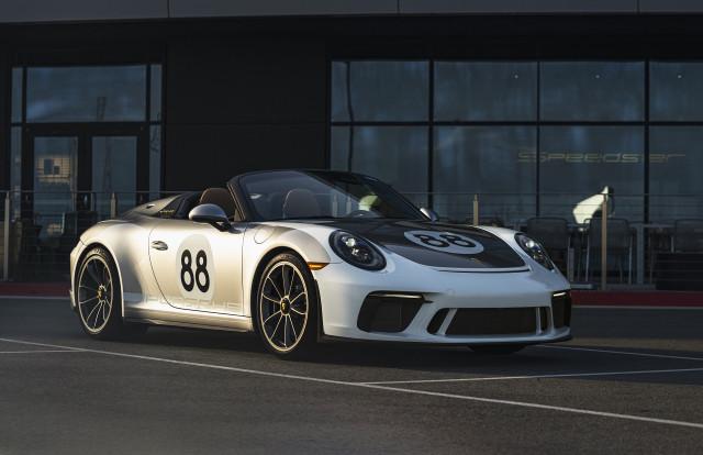 Final 2019 Porsche 911 Speedster
