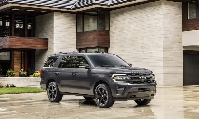 2022 Ford Expedition SUV adds off-road and performance versions, updates tech