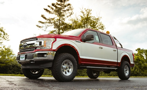 Dealer turns back clock on Ford F-150 with retro package