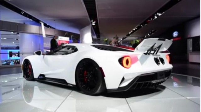 Ford GT In Race Mode