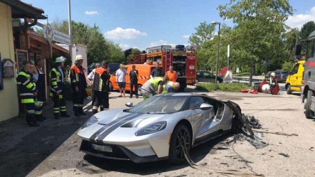 Ford GT catches fire in Germany