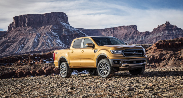 Ford Ranger revealed in Detroit with 2.3L EcoBoost