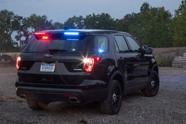 Ford Police Interceptor Utility Rear Spoiler Traffic Warning Lights