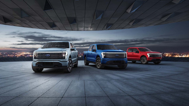2022 Ford F-150 Lightning thunders to life, 2021 Acura TLX Type S track tested: What's New @ The Car Connection