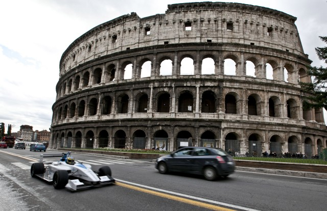 Rome Asks Residents To Tweet-Shame Their Poorly Parked Neighbors