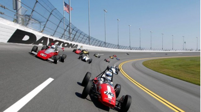 Formula Vee stars on track at Daytona - image: Volkswagen