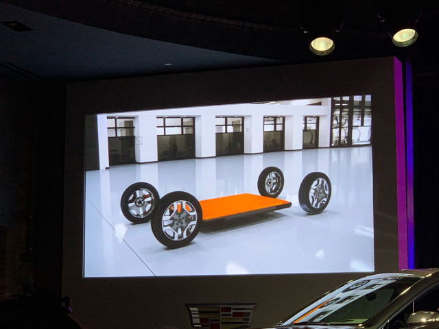 Future Cadillac Long Range Electric Large Luxury Utility Vehicle Rendering 2019 Detroit