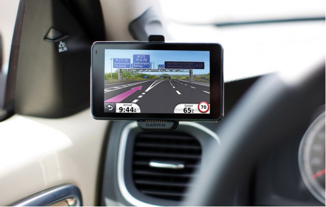 Entire Volvo Range Now Offered With Portable Garmin Gps