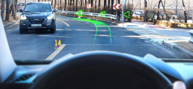 Hyundai shows off holographic head-up navigation system