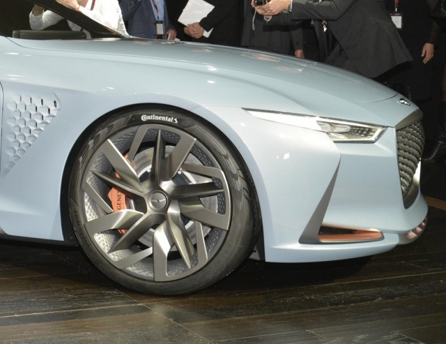Genesis Previews G70 Sport Sedan With New York Concept