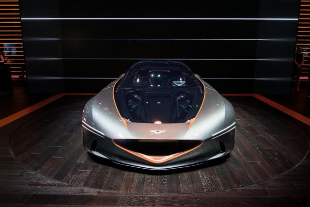 Genesis Essentia, 2018 New York auto show