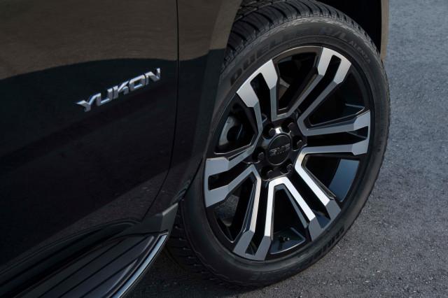 2019 GMC Yukon Graphite Performance Edition