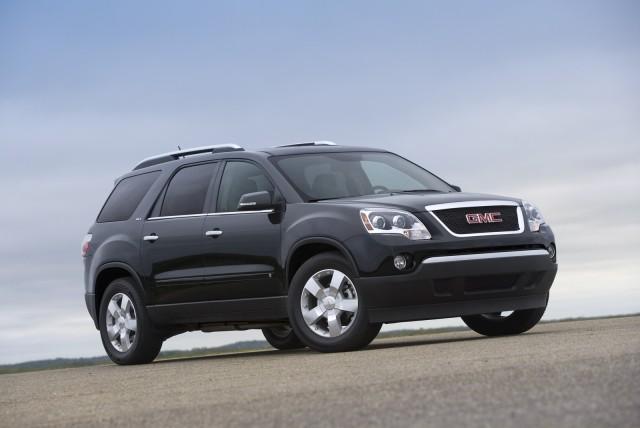 2003 Chevrolet TrailBlazer vs 2004 GMC Envoy vs 2009 GMC Envoy