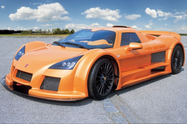 germany�s apollo to sell former gumpert apollo alongside