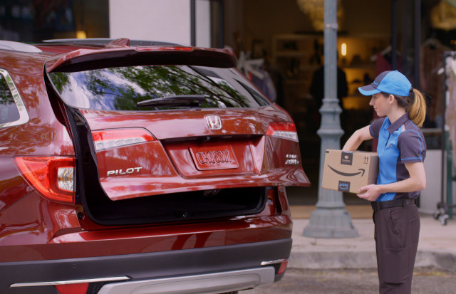 Honda makes Accord with Amazon, will Pilot Prime deliveries with secure Passport to your trunk