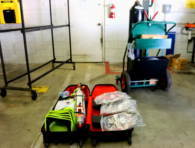 Honda Clarity Fuel Cell hydrogen service equipment: tool cart and collapsed fuel venting stack kit