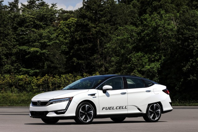 Honda Clarity Fuel Cell at Honda R&D Center, Tochigi, Japan, June 2017