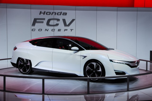 Honda Fcv Concept Hydrogen Fuel Cell Vehicle Coming In 2016 Live Photos