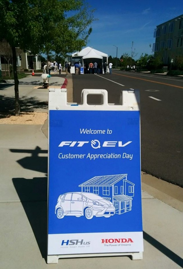 Honda Fit EV customer appreciation day, Honda Smart Home, UC-Davis, Mar 2015 [photo: George Betak]