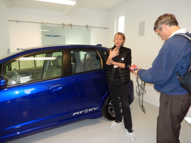 Honda Opens Demonstration Smart Home With Fit Ev Electric Car In