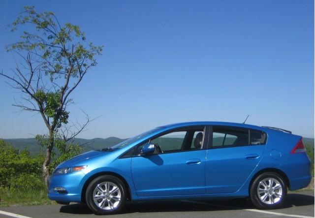 2010 Honda Insight - side