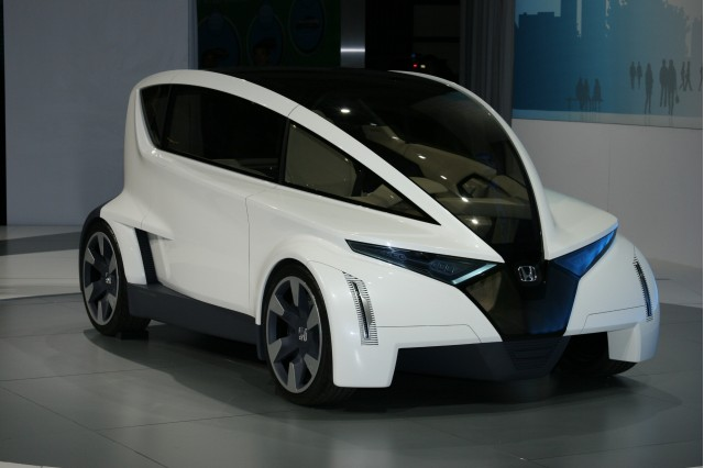 Smart Car Honda >> Honda P Nut Concept Takes On Smart Fortwo And Scion Iq