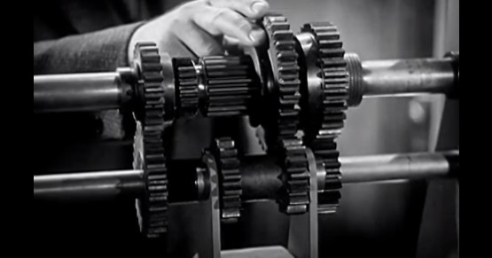 this is how a manual gearbox works rh motorauthority com manual transmission how it works video download Dual-Clutch Transmission