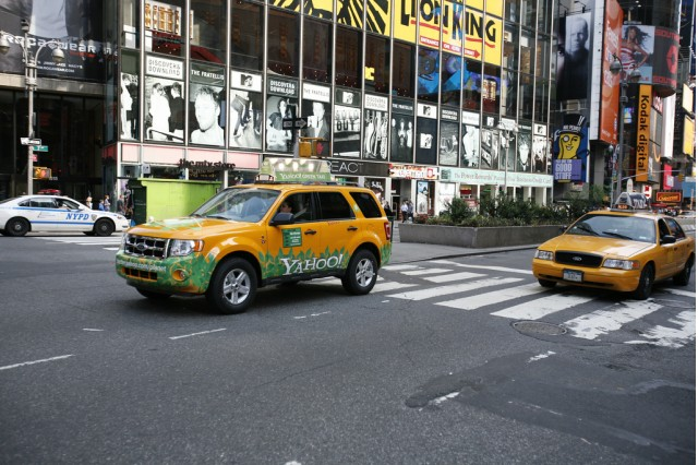 Hybrid New York Taxi by Flickr user Yodel Anecdotal