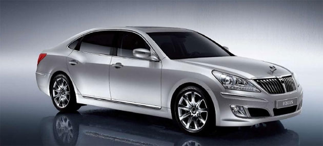 Hyundai will start promoting the Equus this summer by importing 100 examples to display in showrooms