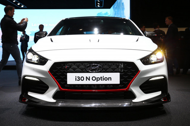 hyundai i30 n option previews customization to the n 39 th degree. Black Bedroom Furniture Sets. Home Design Ideas