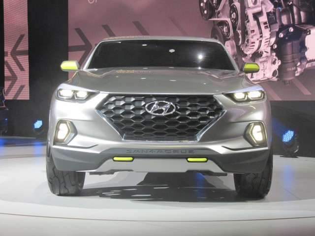 2022 Hyundai Santa Cruz confirmed, 2021 Land Rover Discovery preview, 2021 Honda Accord Hybrid review: What's New @ The Car Connection