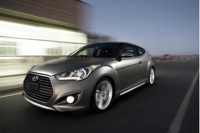 reviews rear cars hatchback hyundai motor trend rating manual used veloster and angular