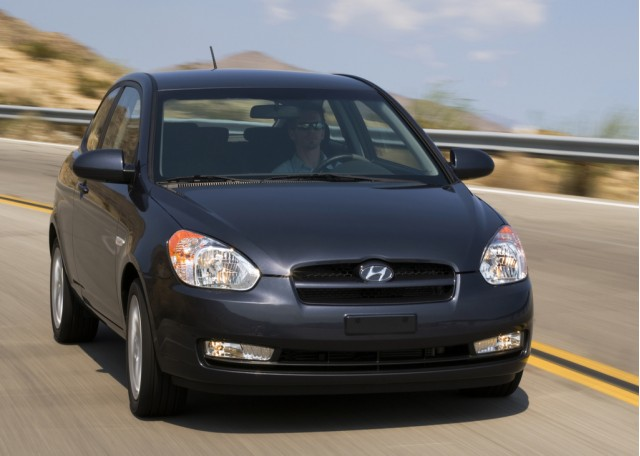 Preview 2010 Hyundai Accent