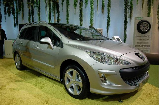 Peugeot's New Wagon: Borne from the 308