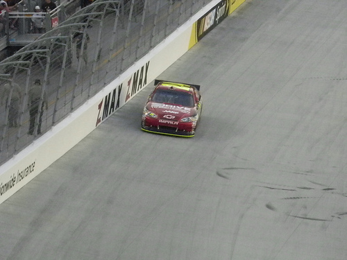 Jeff Gordon charges his way to Victory Lane at Atlanta. Photo courtesy of Flickr user Casey24836.