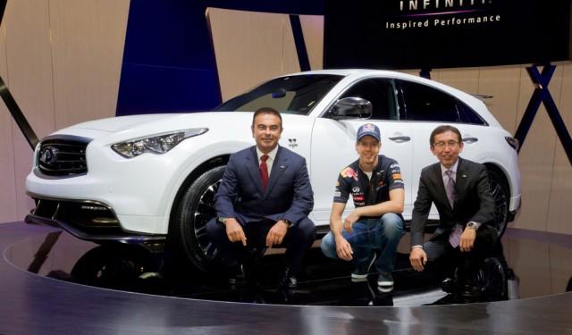 Sebastian Vettel shows off personalized Infiniti FX50 Concept live photos