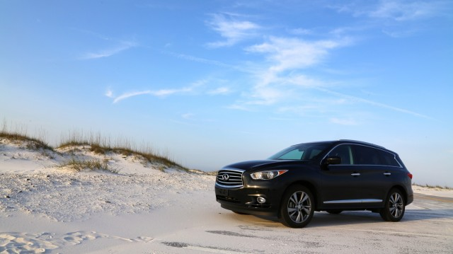2013 Infiniti JX Three-Month Road Test