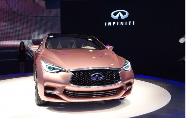 Infiniti Q30 concept, 2013 Frankfurt Auto Show