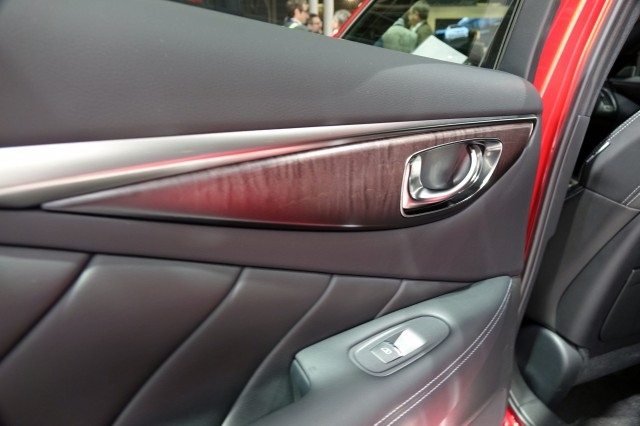 2017 Infiniti Q50, 2016 Paris auto show