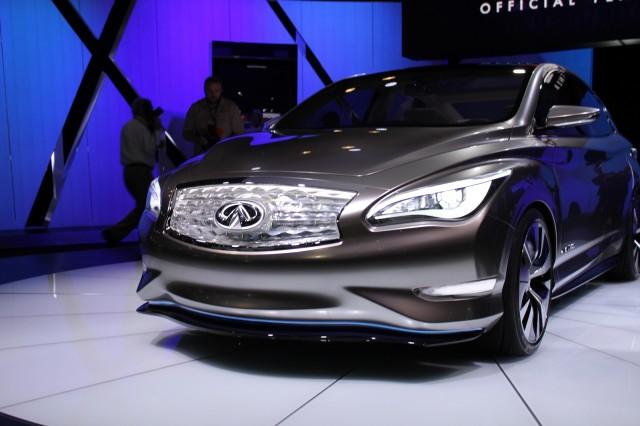 Infiniti LE Concept at New York Auto Show, April 2012
