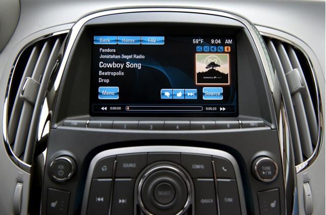 IntelliLink wireless vehicle connectivity