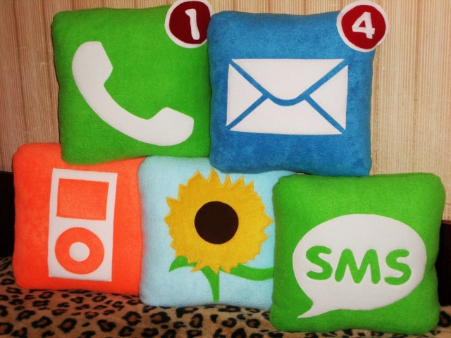 iPhone icon pillows [via Etsy user iconpillows]