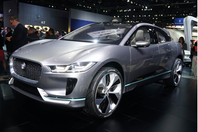2019 jaguar i pace spotted during photo shoot. Black Bedroom Furniture Sets. Home Design Ideas