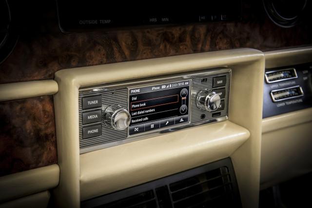Jaguar-Land Rover classic infotainment system
