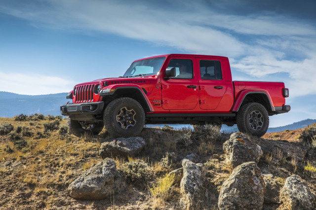 2021 Jeep Gladiator EcoDiesel first look: more grunt, more miles