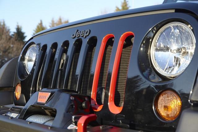 Jeep Wrangler Level Red